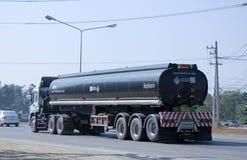 Camión de remolque del tanque del asfalto Fotografía de archivo