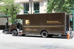 Camión de reparto de UPS fotos de archivo