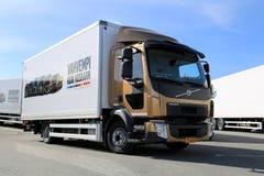 Camión de reparto de Volvo FL512 fotos de archivo libres de regalías