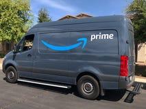 Camión de reparto del Amazonas imagen de archivo