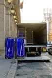 Camión de reparto del lavadero fotografía de archivo
