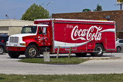 Camión de reparto II de Coca-Cola imagenes de archivo