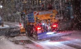Camión del arado de la nieve fotografía de archivo libre de regalías