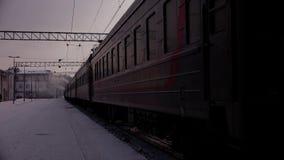 Camión del carro ferroviario y de la locomotora almacen de metraje de vídeo