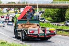 Camión del camión de Moffet en la autopista de Reino Unido en el movimiento rápido fotografía de archivo libre de regalías