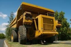 Camión grande del recorrido Foto de archivo libre de regalías