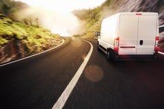 Camión rojo y blanco Fotos de archivo libres de regalías