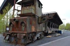 camión viejo en fábrica fotografía de archivo libre de regalías