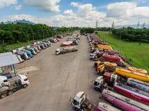 Camión y transporte en mina de carbón Foto de archivo libre de regalías