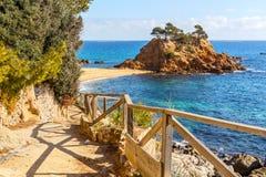 Cami de Ronda, ein K?stenweg entlang Costa Brava stockbilder