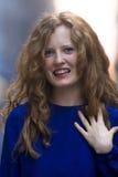 Camicia bionda dell'azzurro della donna Fotografia Stock