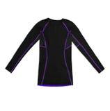 Camicia di sport lunga nera della manica con le cuciture di porpora isolate sul whi Immagini Stock Libere da Diritti