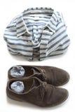 Camicia a strisce, scarpe e calzini Immagini Stock Libere da Diritti
