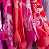 Camicia variopinta del batik Fotografia Stock