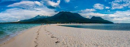 Camiguin wyspa Od Białej wyspy Zdjęcie Stock