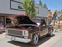 Camión de Borgoña Chevrolet Foto de archivo