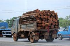 Camión de Tailandia Forest Industry Organization Imagen de archivo libre de regalías
