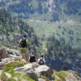 Caminantes en Andorra Foto de archivo libre de regalías