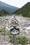 Caminar la trayectoria en el valle de Koednitz, Austria Foto de archivo libre de regalías