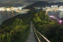 Caminar a Wilson Trail en la ciudad de Hong Kong Imágenes de archivo libres de regalías