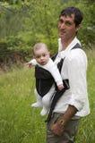 Caminata con un niño Imagenes de archivo