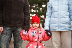 Caminata de la familia Imagen de archivo libre de regalías