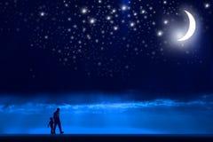 Caminata de la noche Fotografía de archivo libre de regalías