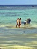 Caminata de la playa Imágenes de archivo libres de regalías