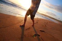 Caminata de la puesta del sol Fotografía de archivo libre de regalías
