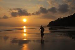 Caminata de la puesta del sol Fotografía de archivo