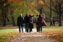 Caminata del otoño Foto de archivo libre de regalías