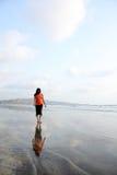 Caminata sola fotografía de archivo libre de regalías