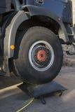 Caminhão alto da roda com um airbag Fotos de Stock Royalty Free