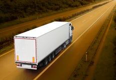Caminhão branco imagens de stock royalty free