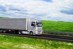 Caminhão com frete Imagens de Stock Royalty Free