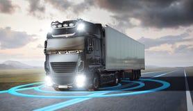 Caminhão com os gráficos visualizados do sensor que conduzem em uma estrada imagem de stock royalty free