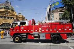 Caminhão da autoridade do fogo do país durante a parada do dia de Austrália em Melbourne Fotografia de Stock