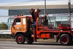 Caminhão da autoridade provincial do eletricity de Tailândia foto de stock royalty free