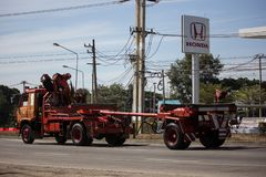 Caminhão da autoridade provincial do eletricity de Tailândia imagens de stock royalty free
