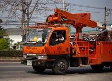 Caminhão da autoridade provincial do eletricity de Tailândia imagens de stock
