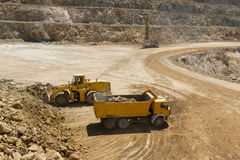 Caminhão da carga da escavadora Fotografia de Stock