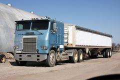 Caminhão da grão Foto de Stock Royalty Free