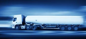 Caminhão de combustível no movimento, monohromatic Foto de Stock Royalty Free
