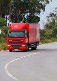 Caminhão de correio português na estrada Imagens de Stock Royalty Free