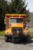 Caminhão de descarga alaranjado foto de stock royalty free