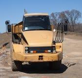 Caminhão de descarga amarelo Fotografia de Stock Royalty Free