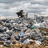 Caminhão de lixo Imagens de Stock