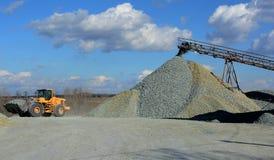 Caminhão de mineração amarelo grande Fotografia de Stock Royalty Free