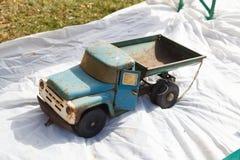 Caminhão do brinquedo ZIL-130 fotos de stock royalty free