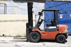 Caminhão do carregador da empilhadeira Imagens de Stock Royalty Free